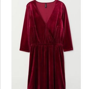 H&M Dresses - NWT H&M VELVET WRAP DRESS - burgundy. SMALL